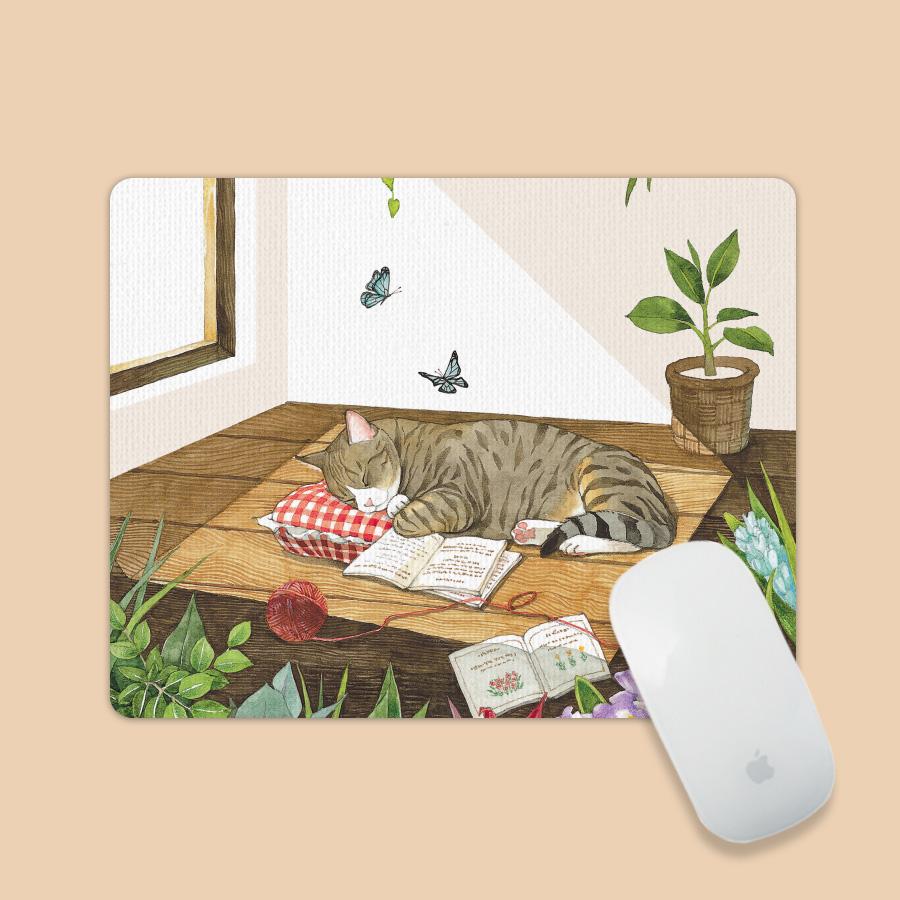 스마트 스토어에서 구입가능한 상품입니다. 고양이의 예쁜꿈. GraceJ(아트 마우스패드)