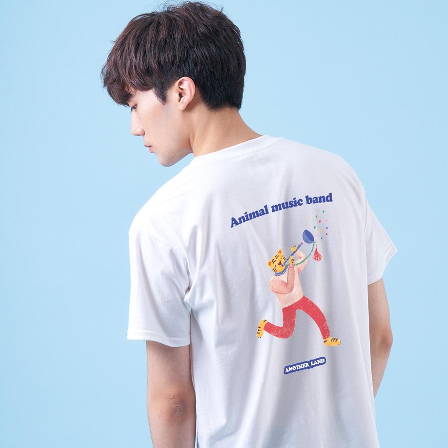 스마트 스토어에서 구입가능한 상품입니다. 호랑이 .김이숲 반팔 티셔츠