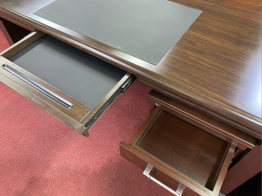 deskA_07.jpg