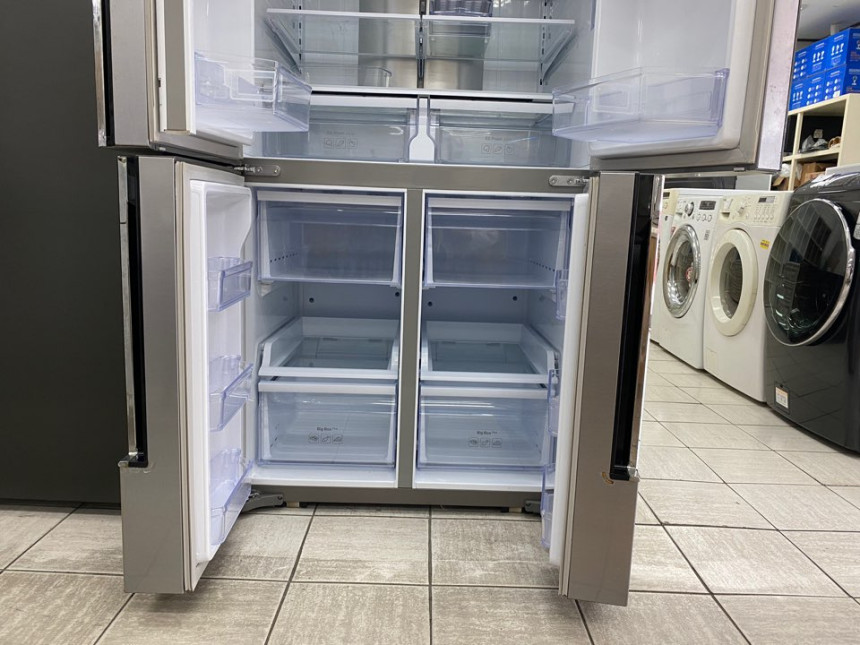 SS901Lrefrigerator_06.jpg