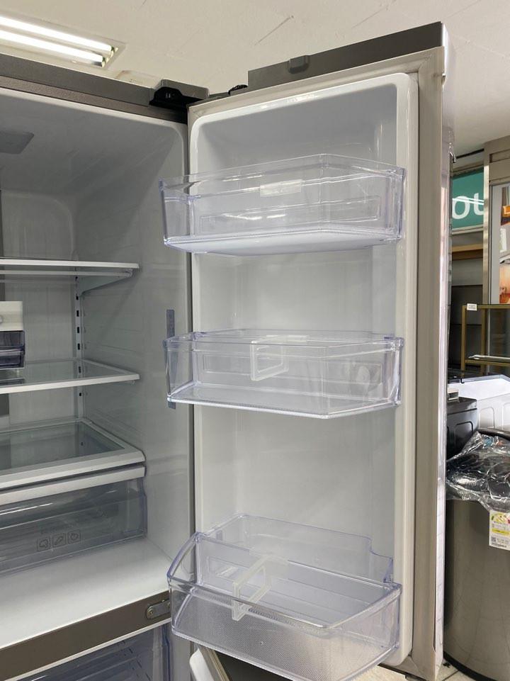 SS901Lrefrigerator_07.jpg