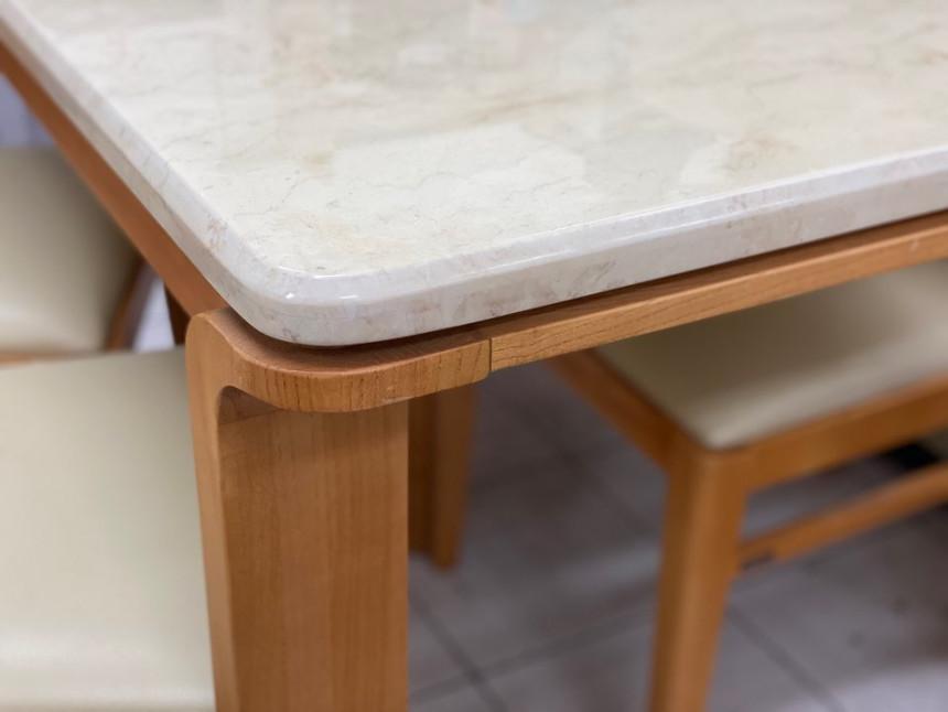 dining_table_08.jpg