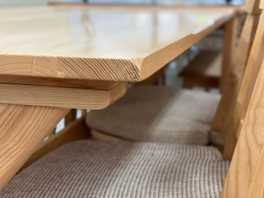 wood_table_09.jpg