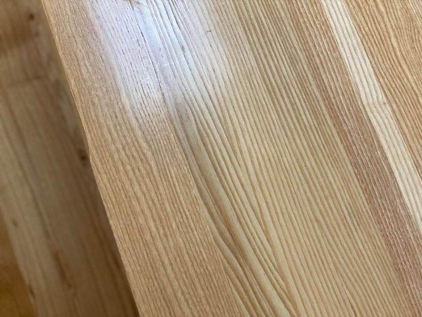 wood_table_16.jpg