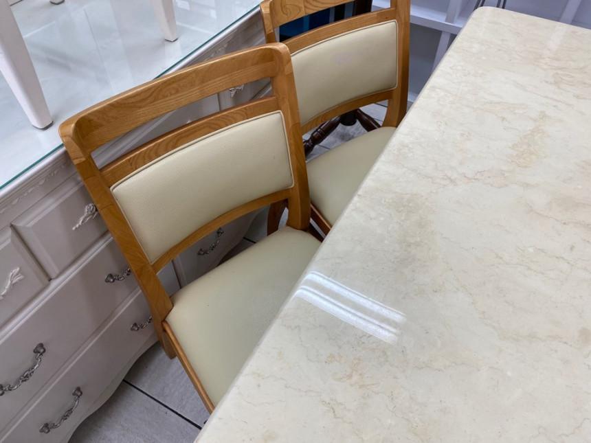 dining_table_06.jpg