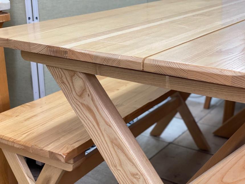 wood_table_13.jpg