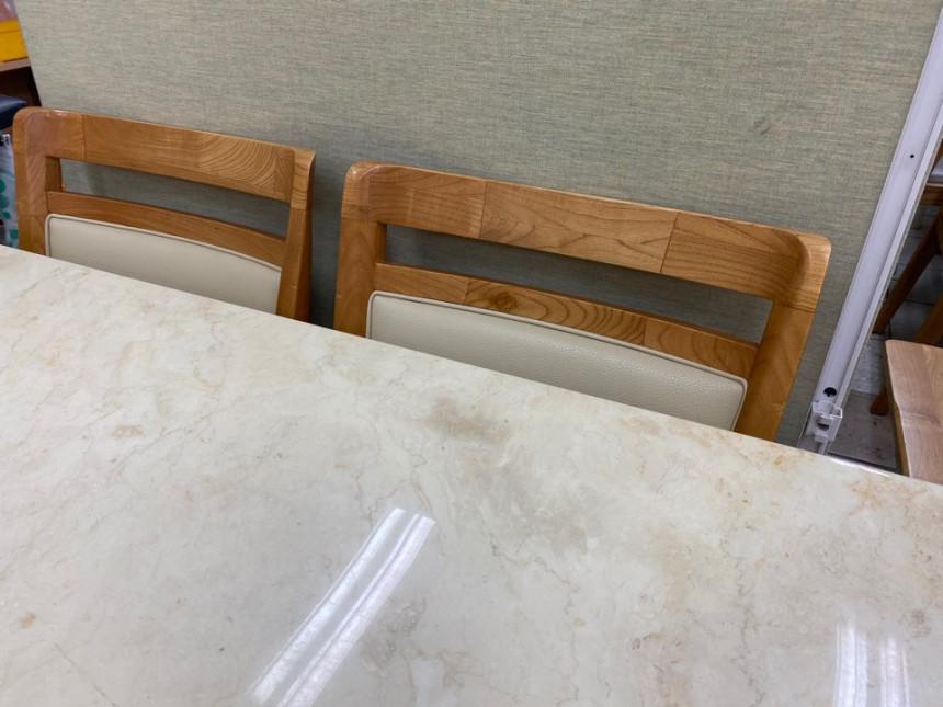 dining_table_05.jpg
