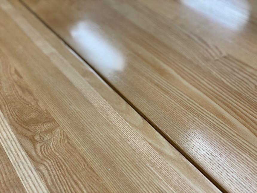 wood_table_15.jpg