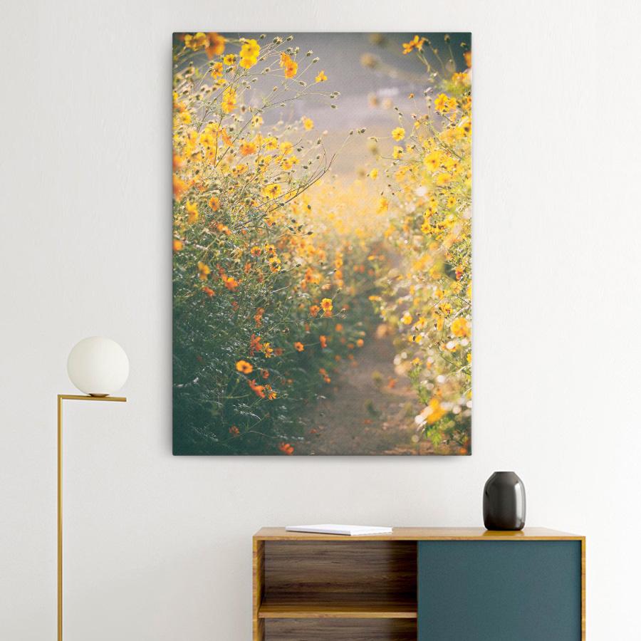 스마트 스토어에서 구입가능한 상품입니다. autumn flowers.photo21c (캔버스 액자, A3 ~ A0, 841x1189mm)