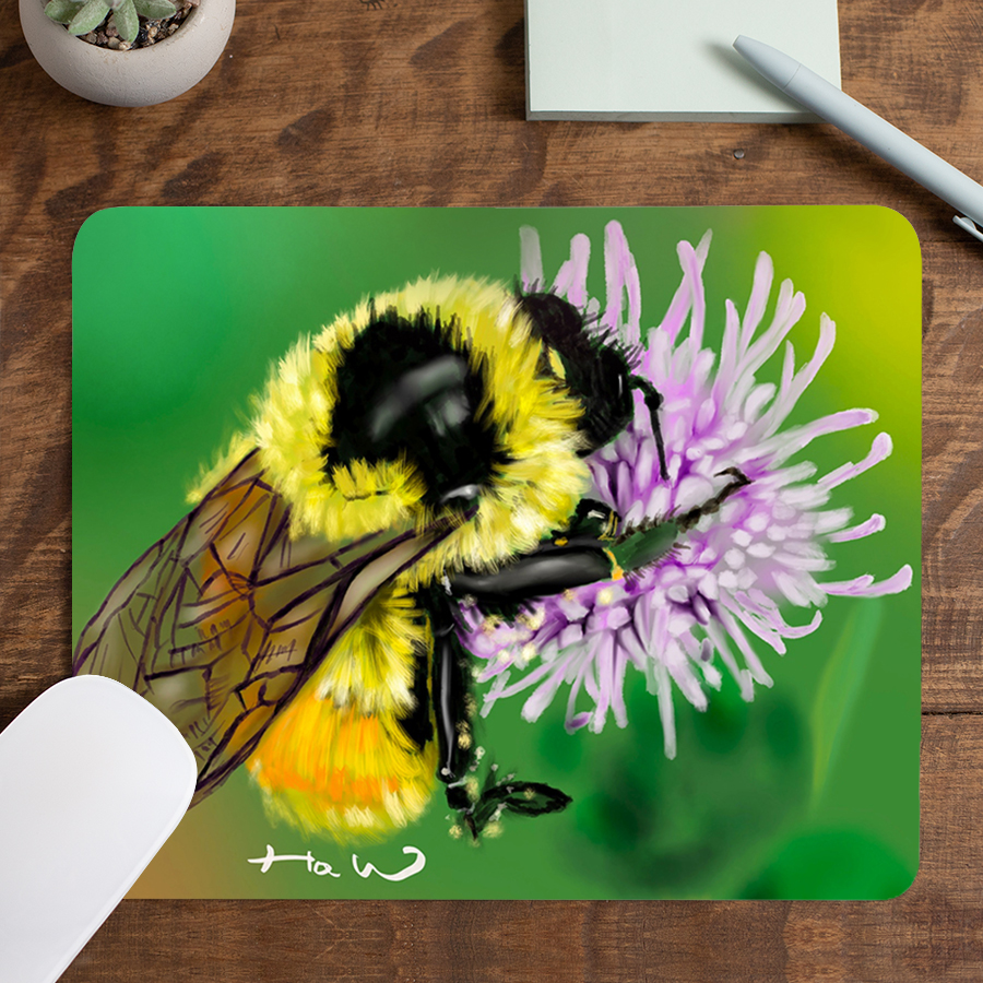 스마트 스토어에서 구입가능한 상품입니다. 토실토실 꿀벌, 낑이 (마우스패드)