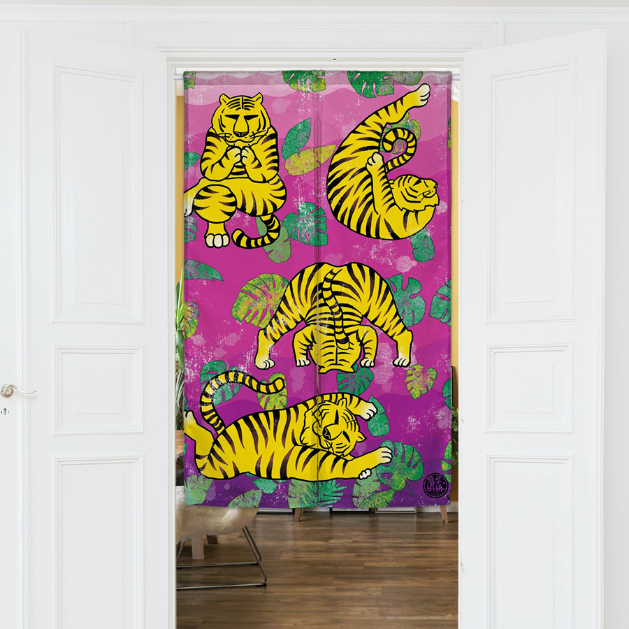스마트 스토어에서 구입가능한 상품입니다. tiger yogar, 블루바바 (아트 바란스, 가림막 커튼, 도어커튼)